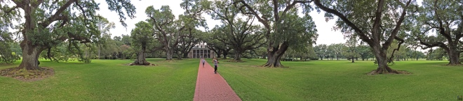 Oak-Alley-Plantation-@fouriefamcam